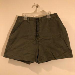High Waisted Green Khaki Cargo Shorts